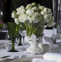 flower arrangement white